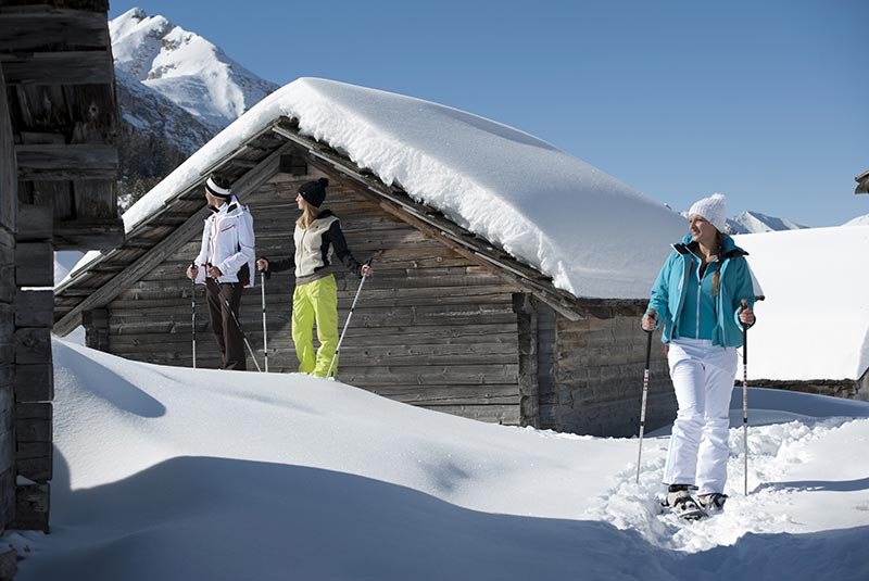 Snowshoe excursions Puster Valley - Active Hotel Sonne